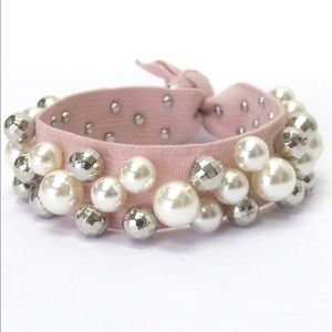 Jewelry - Freshwater pearl pink stretch bracelet